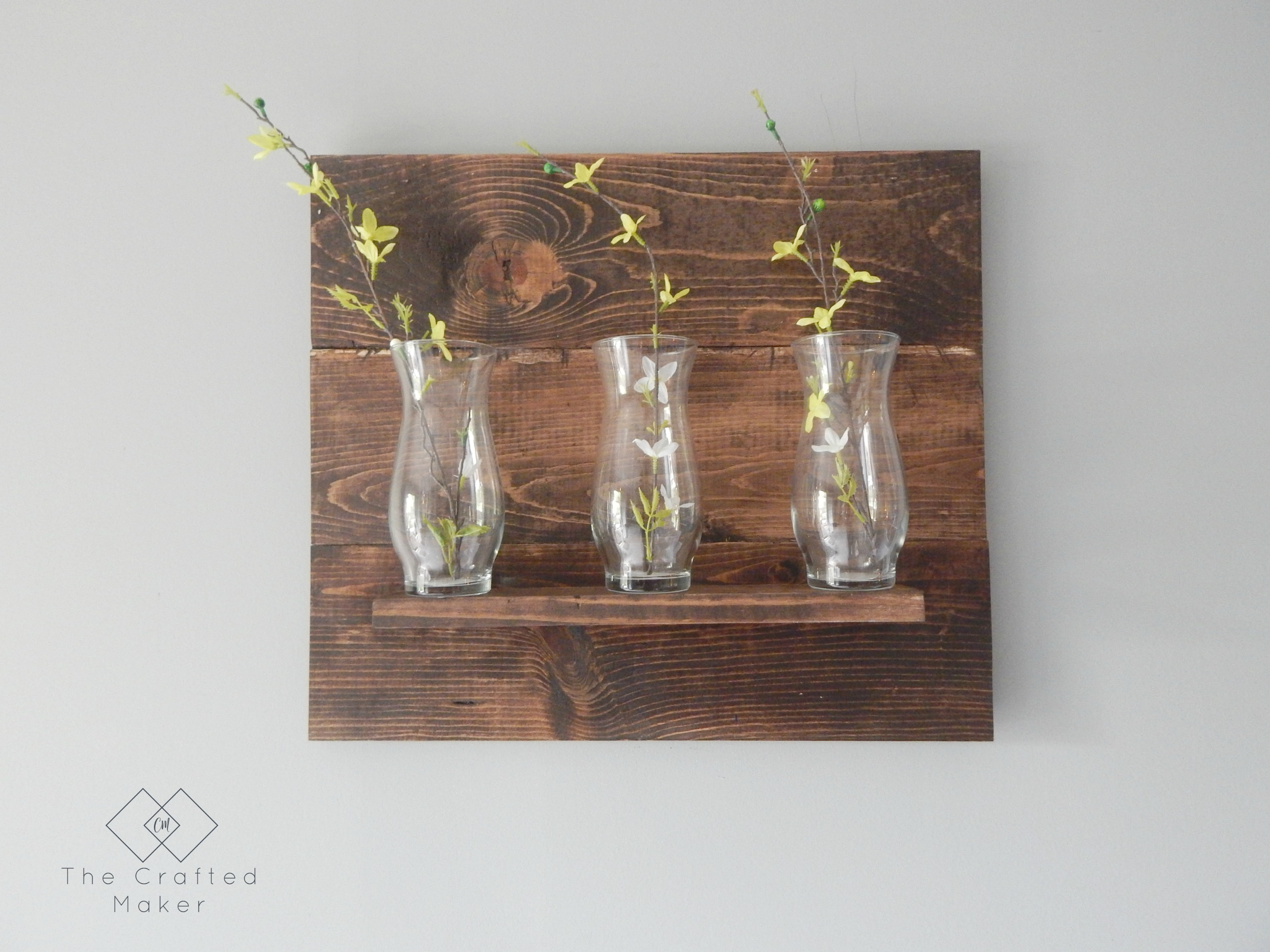 DIY Vase Wall Hanging