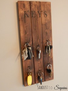 DIY Hanging Key Holder