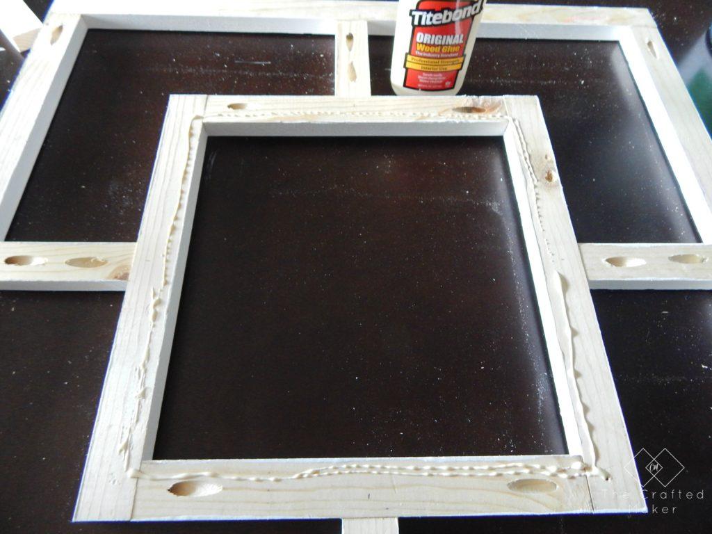 DIY Decorative Mirror - Free Plans