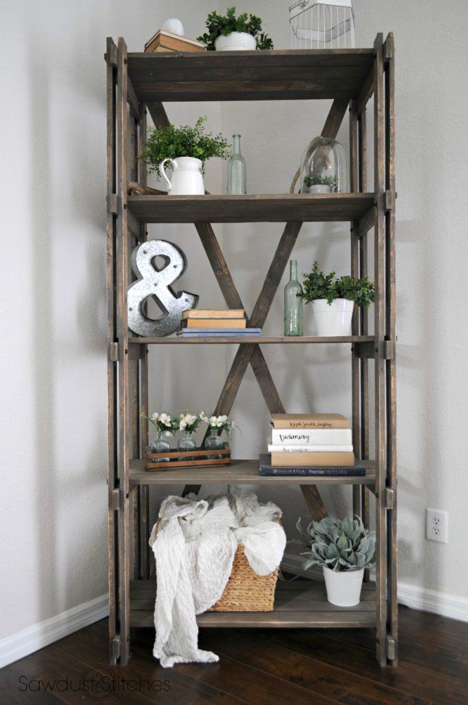 Rustic Farmhouse Book Shelf www.sawdust2stitches.com