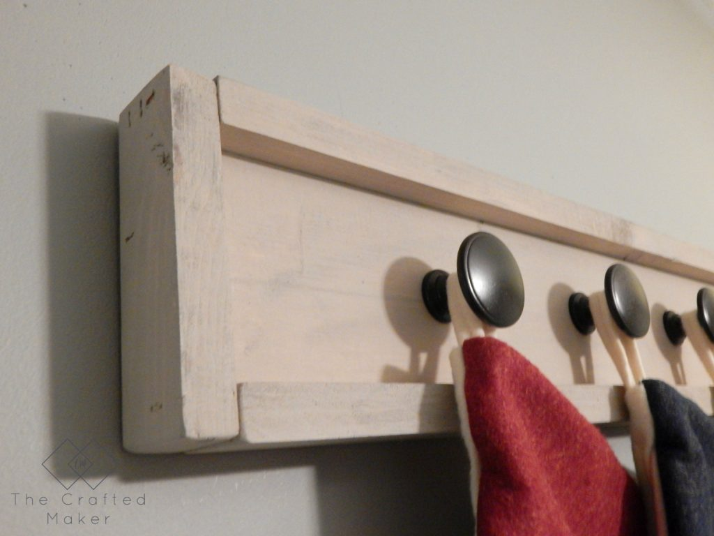 Build this scrap wood stocking holder to use this Christmas. Great project to display your stockings if you do not have a fireplace or a mantle.