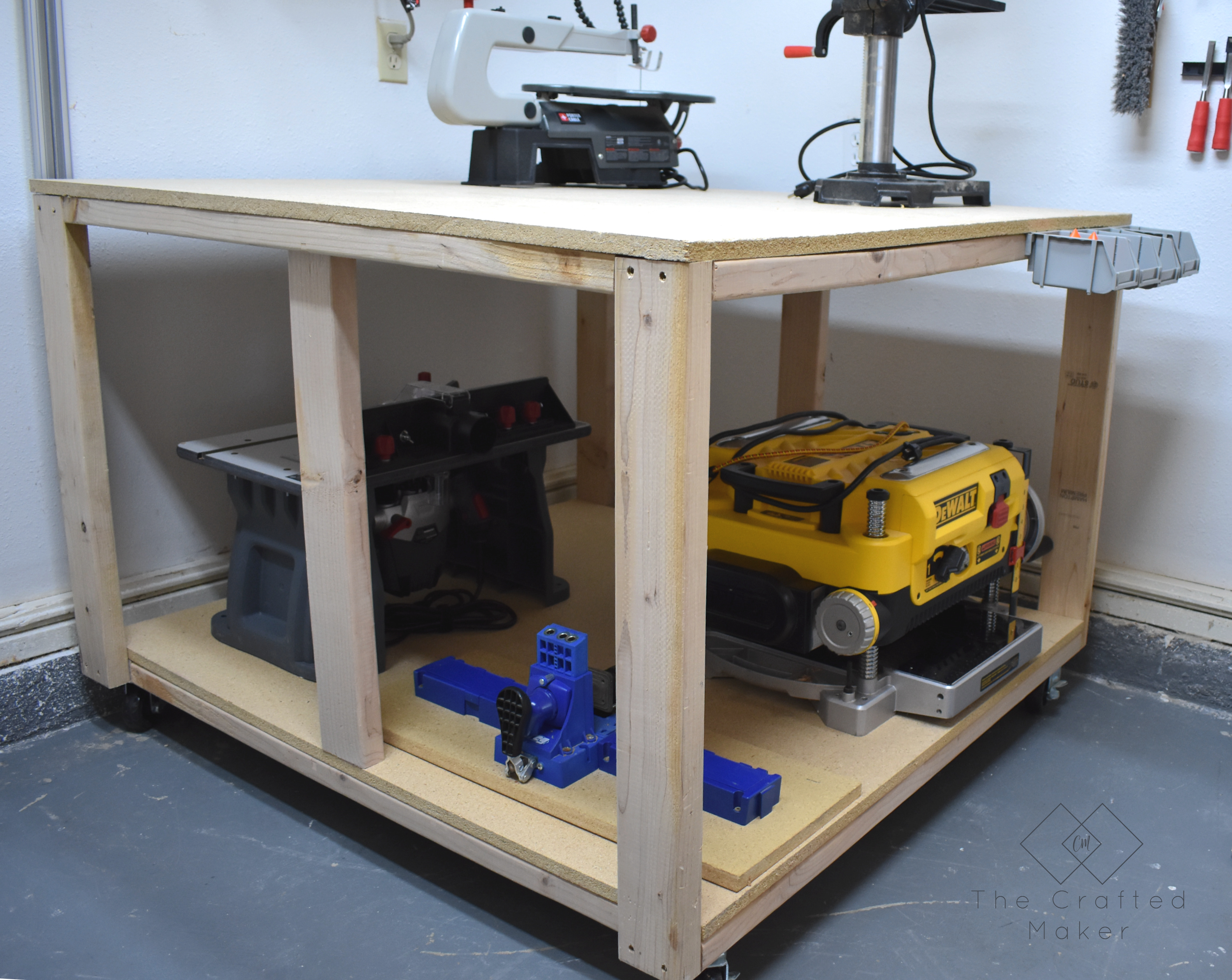 DIY 4′ x 4′ Workbench