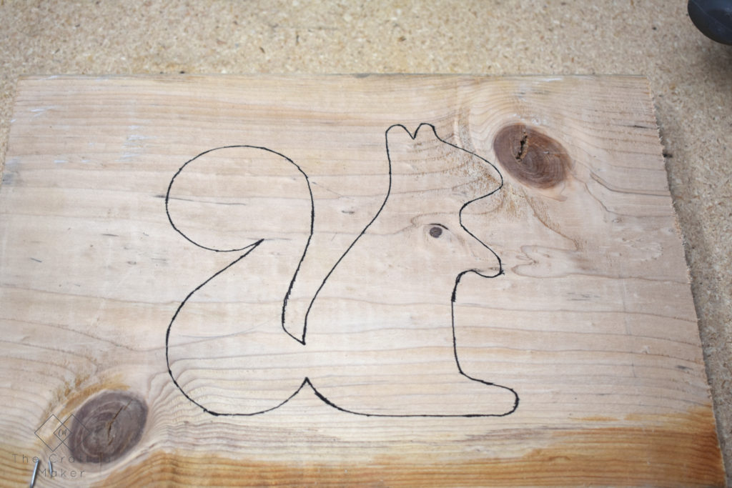 This quick and eay DIY Squirrel Doorstop is a great way to ring in the Fall Season. Let some of that cool, crisp Fall air flow through your house!