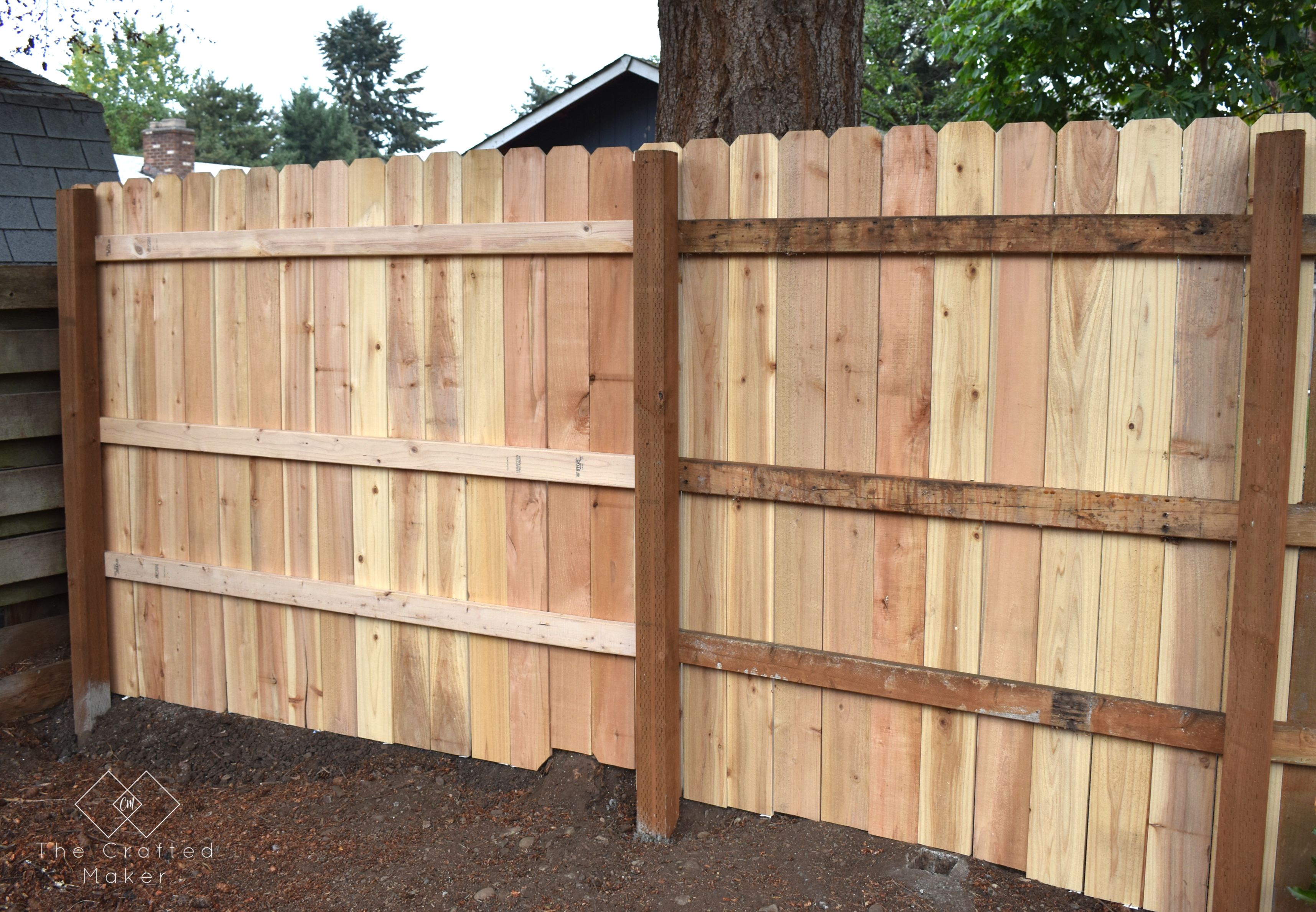 Privacy fences are a great thing to have, but they can get damaged over time from the elements. Here is how to repair a privacy fence.